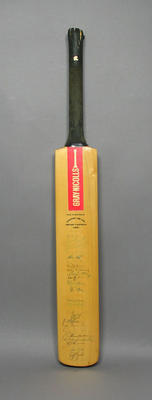 Cricket Bat autographed by Australian and English 1980 Centenary Test Teams