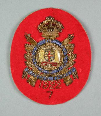 Bullion badge awarded to W Williams, NRA King's Thirty 1922