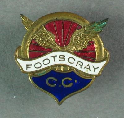 Badge - Footscray Cycling Club; Civic mementoes; 1993.2895.74
