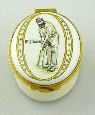 Patch box, featuring image of WG Grace