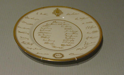Royal Worcester china plate bearing facsimile signatures of Australian and English cricket teams, 1953