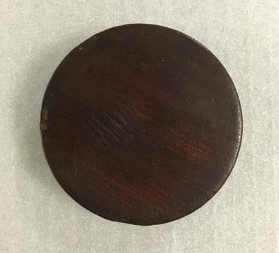 Circular lacquered box base for 'Hambleden' snuff box lid 1830; Personal effects; M6885.2
