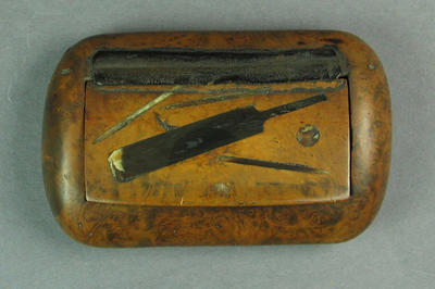 Wood snuff box with lid featuring inlay of cricket bat, ball and stumps
