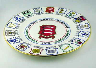 County Cricket Champions: 1979 Essex County Cricket Club - Commemorative plate; Domestic items; M6930