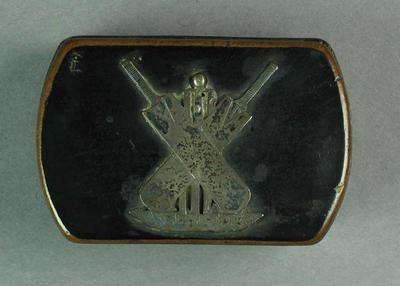 Snuff box, image of cricket equipment