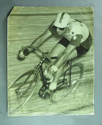 Photograph of Sir Hubert Opperman riding at the Sydney Velodrome, 1940