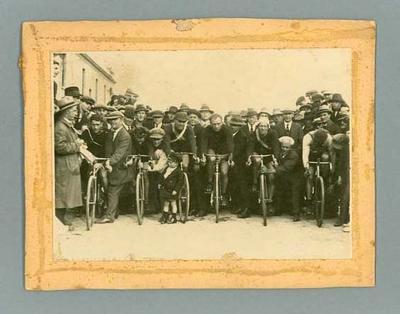 Black and white photograph - Tour de France competitors at race start