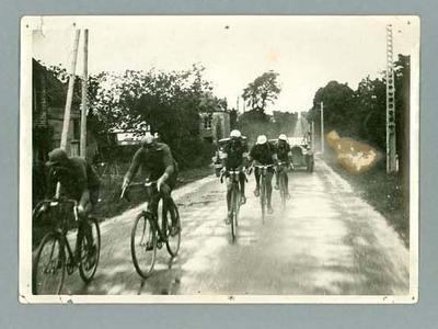Black and white photograph of a  stage of the 1928 Tour de France