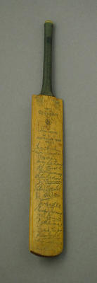 Miniature bat, facsimile signatures of MCC Australian Team 1954-55