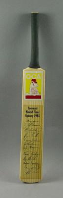 Miniature bat, facsimile signatures of Queensland team - 1985 Sheffield Shield Final