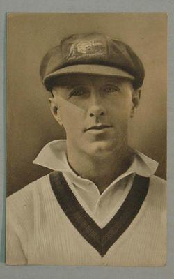 1936-37 Amalgamated Press (Triumph) Test Match Favourites A G Chipperfield postcard