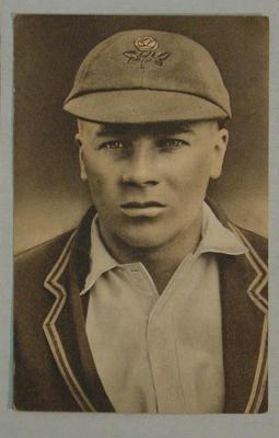 1936-37 Amalgamated Press (Triumph) Test Match Favourites G Duckworth postcard