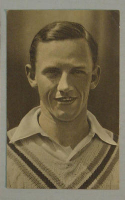 1936-37 Amalgamated Press (Triumph) Test Match Favourites R Robins postcard