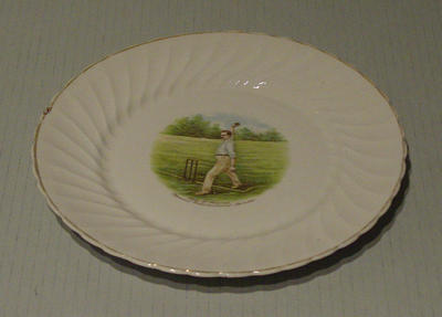 Plate, features image of Syd Barnes; Domestic items; M5466