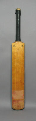 Cricket bat - used and signed by Majid Khan c. 1976