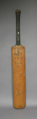 Bat used and signed by Leonard  Hutton 1946-47, with signatures of  English and Australian teams 1946-47; Sporting equipment; M3909