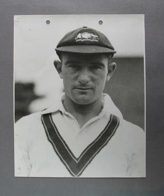 Photograph of Sid Barnes