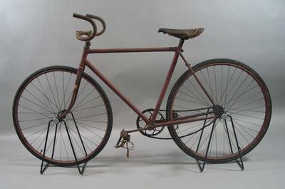 Red 'Preston Star' bicycle, c. 1927. Built by Rupert Bates and Bob Metcalf for Tom Gascoyne Junior