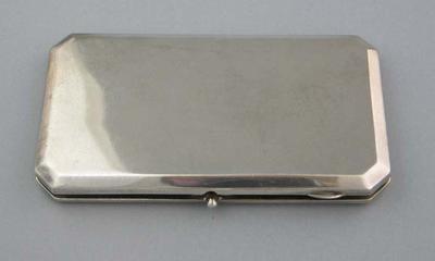 Cigarette case presented to Jack Dillon, 1934