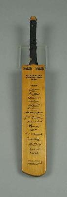 Miniature cricket bat, features transferred autographs of 1938 Australian XI