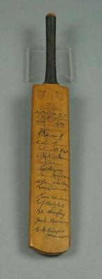 Miniature cricket bat, features transferred autographs of 1949/50 Australian XI