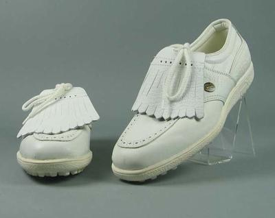 "Pair of Puma ""Proette"" golf shoes"