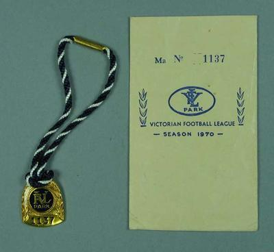 Membership medallion & envelope, VFL Park - Season 1970