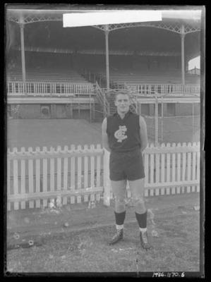Glass negative, image of Carlton Football Club player - Wes Lofts