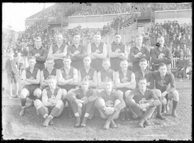 Glass negative, image of Carlton Football Club team - 1935