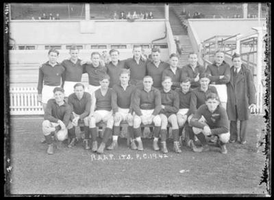 Glass negative, image of football team - RAAF Initial Training School FC 1942