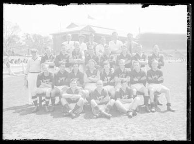 Glass negative, image of Yarraville Football Club team; Photography; 1986.1170.357