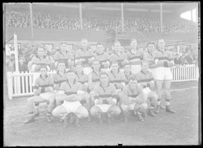 Glass negative, image of Footscray Football Club team; Photography; 1986.1170.472