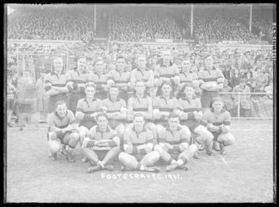 Glass negative, image of Footscray Football Club team - 1941; Photography; 1986.1170.476