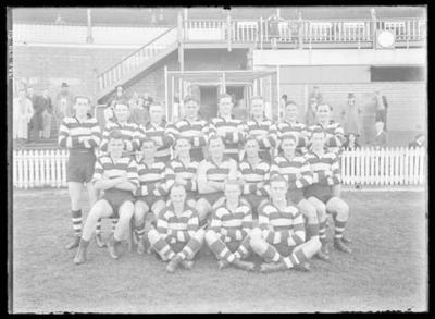 Glass negative, image of Geelong Football Club team - 1940; Photography; 1986.1170.511