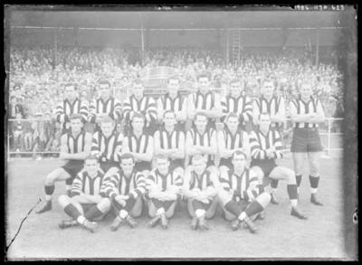Glass negative, image of Collingwood Football Club team - 1958