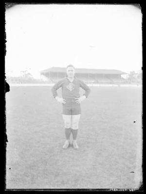Glass negative, image of Carlton Football Club player; Photography; 1986.1170.631