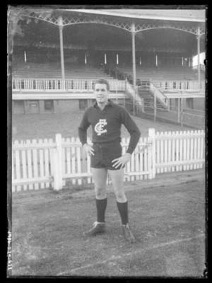 Glass negative, image of Carlton Football Club player; Photography; 1986.1170.632