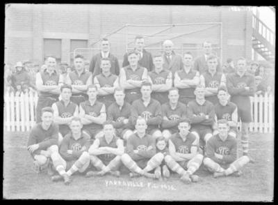Glass negative, image of Yarraville Football Club team - 1930