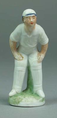 Figurine, cricketer in fielding stance