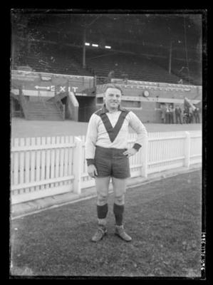 Glass negative, image of South Melbourne Football Club player; Photography; 1986.1170.1096