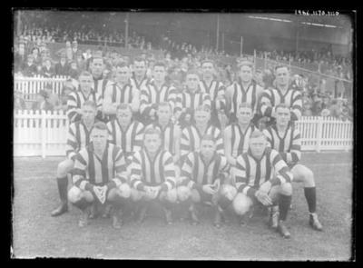 Glass negative, image of Collingwood Football Club team - 1936; Photography; 1986.1170.1110
