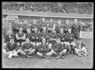 Glass negative, image of Hawthorn Football Club team - 1940; Photography; 1986.1170.1172