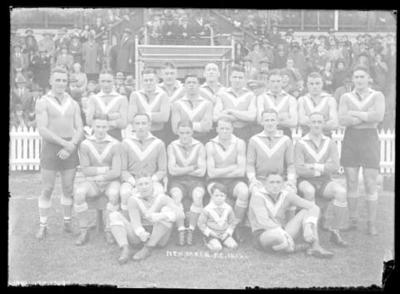 Glass negative, image of North Melbourne Football Club team - 1932; Photography; 1986.1170.1217