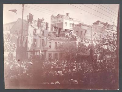 Melbourne city scene - Frank Laver Photographic Album collection