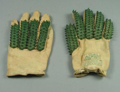 Cricket batting gloves, c1950s-60s; Sporting equipment; 2002.3879.7