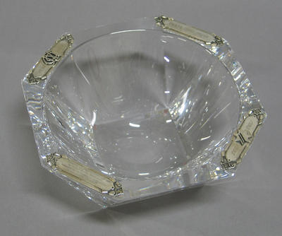 Crystal bowl in presentation case, presented to the MCC by the National Australia Bank - 1995