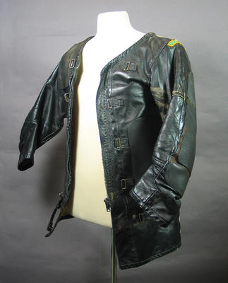 Shooting coat, worn by Stan Golinski at 1986 Edinburgh Commonwealth Games