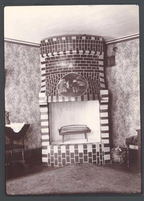 Photograph from Frank Laver's photograph album, travel scenes c1900-09