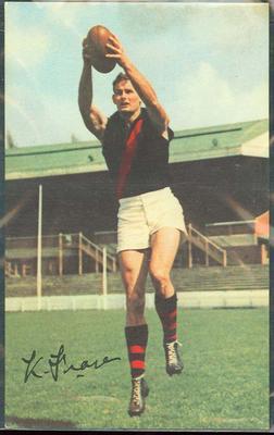 1965 Mobil VFL Footy Photos Ken Fraser trade card