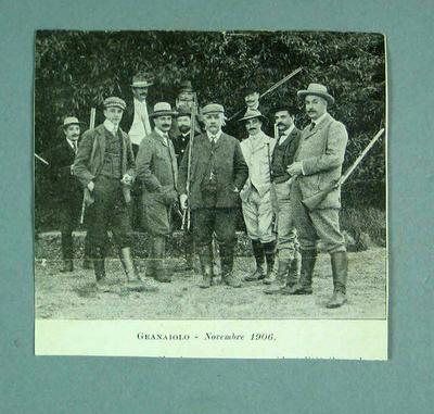 Newspaper photo of a group of shooters including Donald Mackintosh, Nov 1906